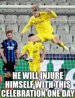Injure himself memes