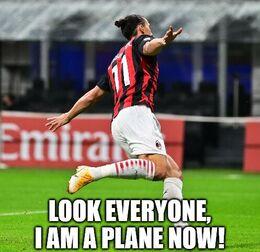 A plane funny memes